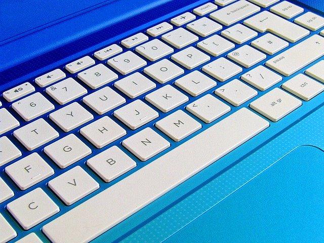 klávesnice notebooku